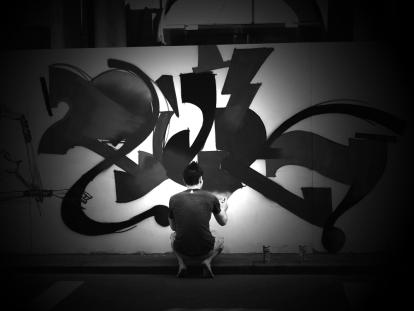 graffiting